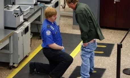 Sobre cómo hacer para que los aeropuertos apesten